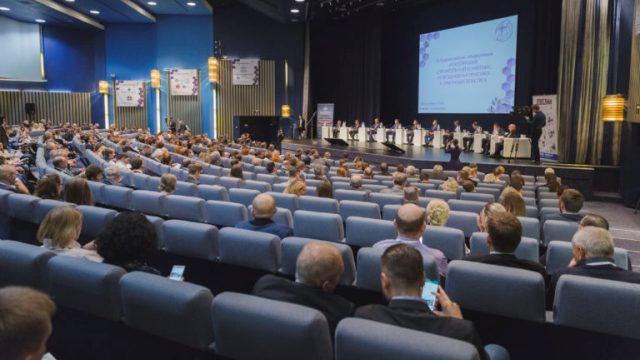 Антон Мороз предложил привлекать бизнес-сообщество к разработке документов территориального планирования