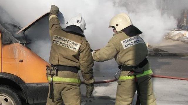 Спасатели ликвидировали пожар в Пушкинском районе Санкт-Петербурга