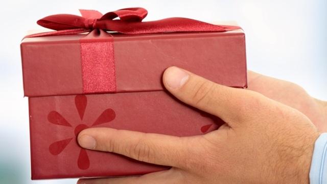 Недорогие гаджеты, которые приятно получить в подарок